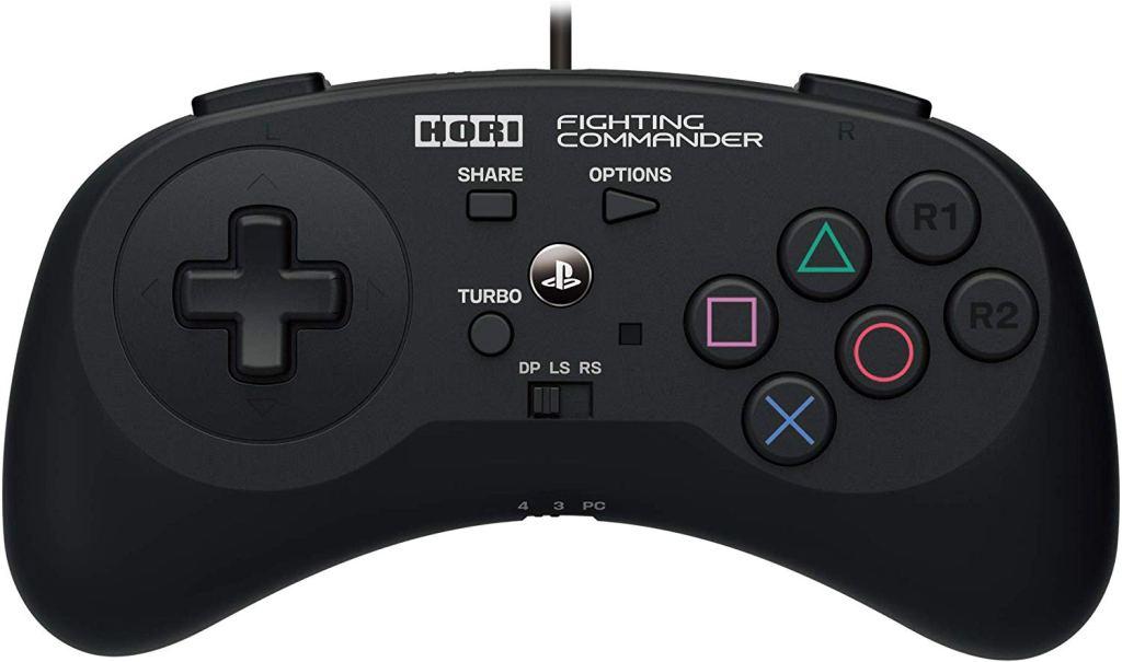 El Mando de PS4 Hori Fighting Commander es funcional y ademas muy bonito.